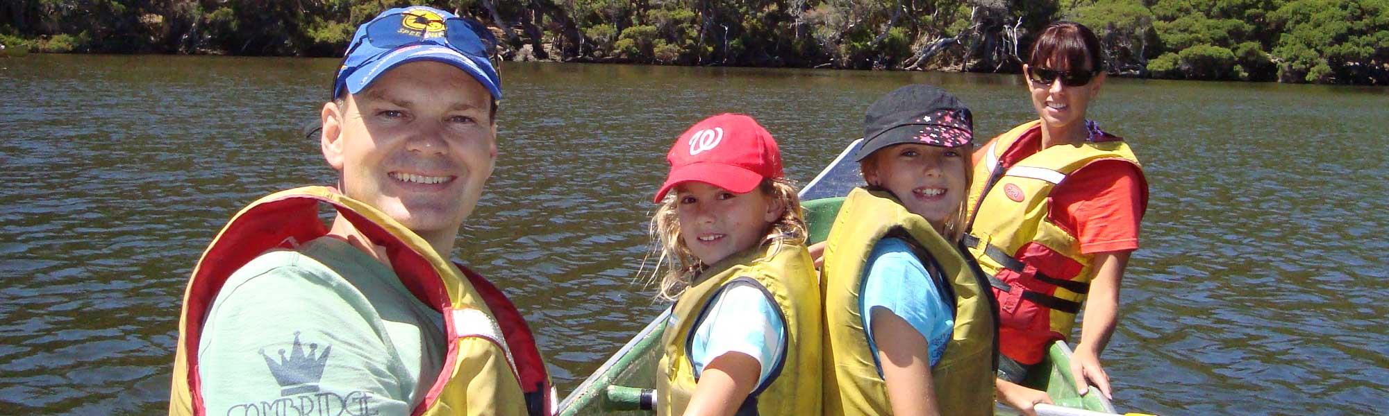 CanoeTourFamily